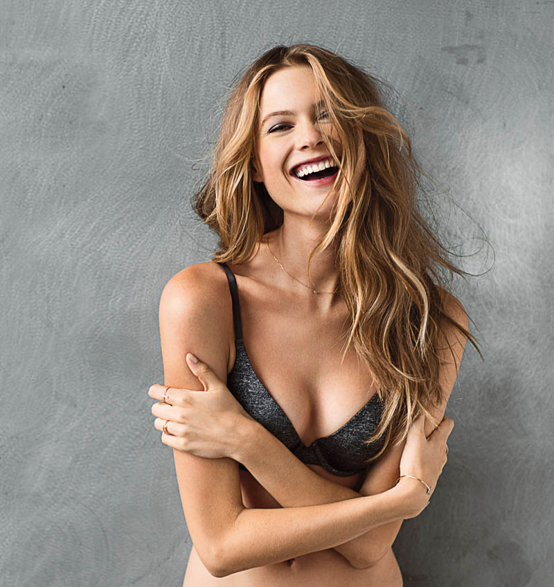 vs t shirt bra6 Behati Prinsloo Models the T Shirt Bra for Victorias Secret