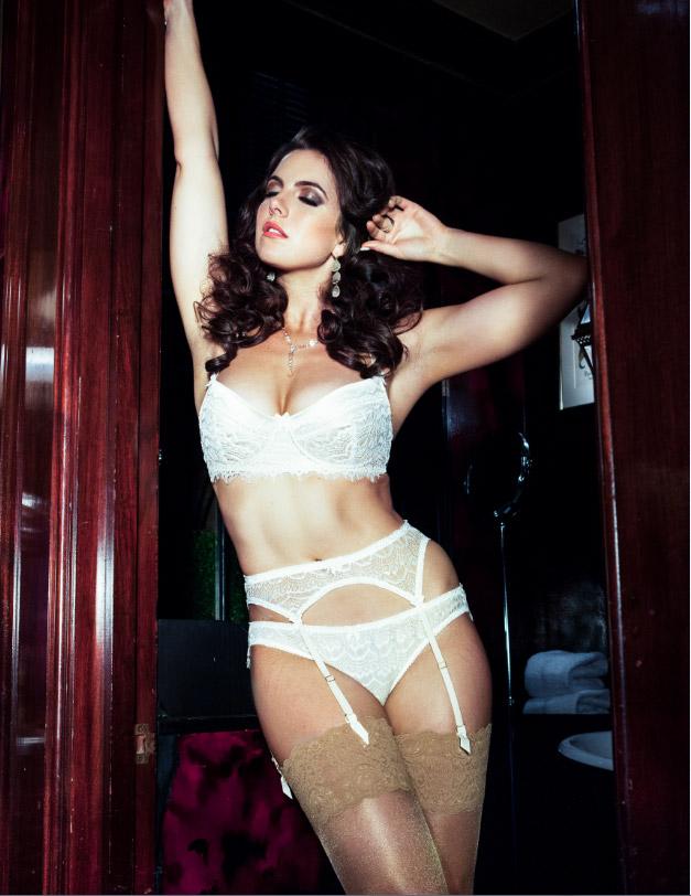 Charlotte Quita Jones for Models 1 Curve Campaign