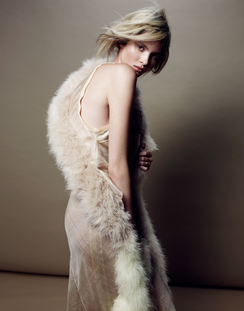 Estee Rammant7 Estee Rammant Models Nude Style for Gianluca Fontana in Elle France