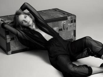 Amanda Norgaard Keeps it Simple for Tank Magazine by Jonas Bresnan