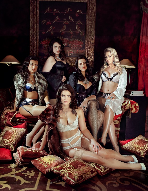 Models 1 Launches Curve Spring 2014 Campaign with Sexy Pin-up Girls