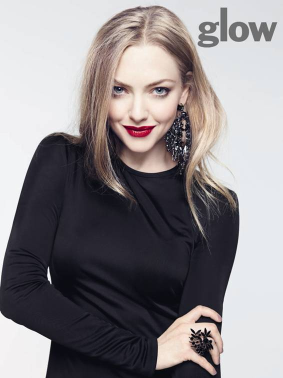 amanda seyfried glow2 Amanda Seyfried Covers Glow, Talks Being a Givenchy Girl