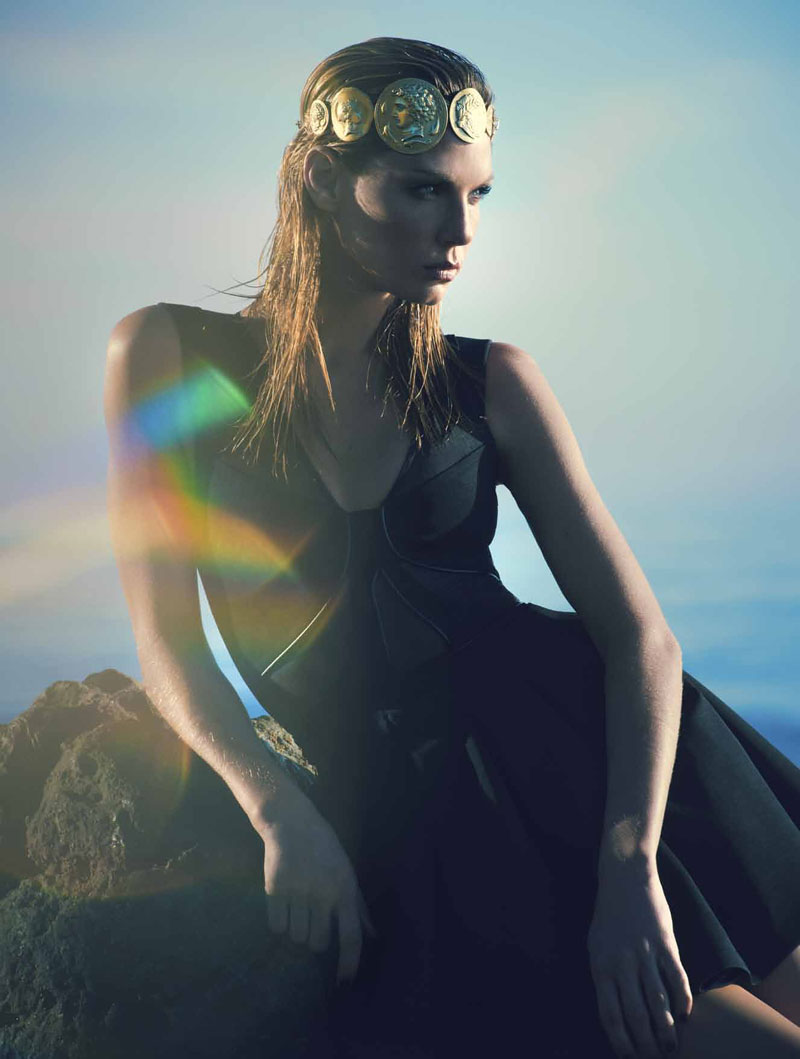 angela lindvall model12 Angela Lindvall Has the Siren Call for LOfficiel Netherlands Shoot