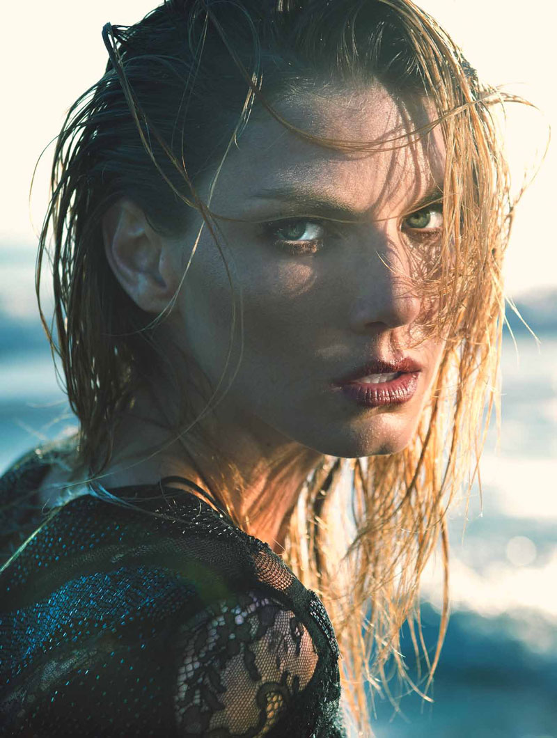 angela lindvall model2 Angela Lindvall Has the Siren Call for LOfficiel Netherlands Shoot