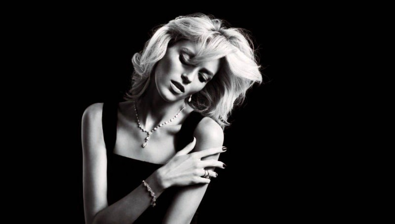anja rubik apart diamond jewelry7 800x453 Anja Rubik Shines in the Apart Diamond Spring 2014 Campaign