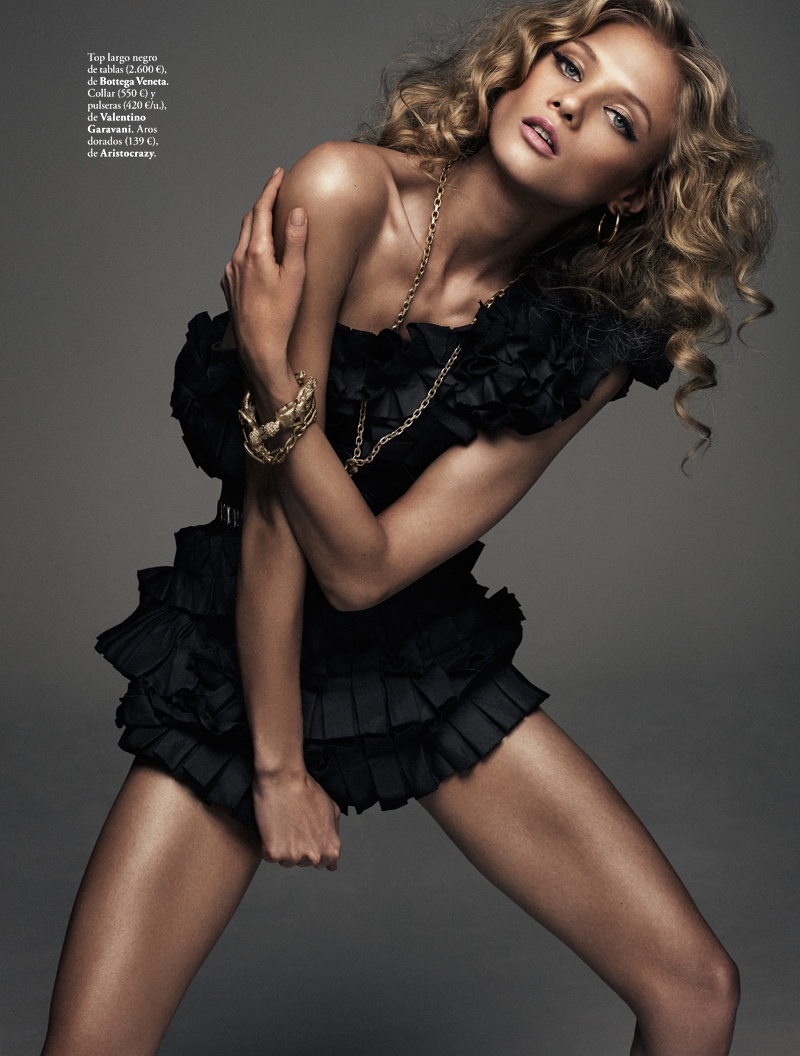 anna selezneva model4 Anna Selezneva is Rock Glam for Elle Spain by Xavi Gordo