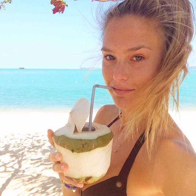 bar coconut Instagram Photos of the Week | Karlie Kloss, Isabeli Fontana + More Models