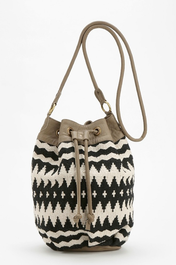 bucket bag 7 Coachella Style Essentials