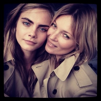 Cara Delevingne + Kate Moss behind the scenes at Burberry shoot / Courtesy of Instagram