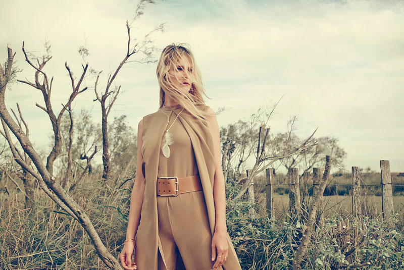 carmen kass arnaud pyvka10 Golden Girl: Carmen Kass Shines in Vogue Travel Shoot by Arnaud Pyvka