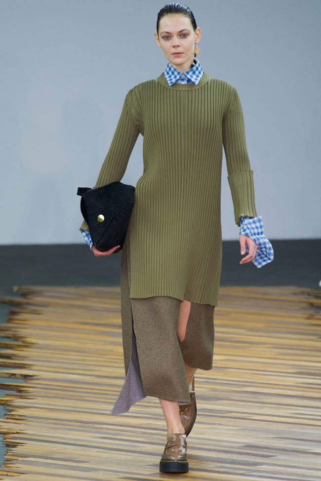 celine fall winter 2014 show7 Top 5 Fall/Winter 2014 Trends From Paris, London, New York & Milan