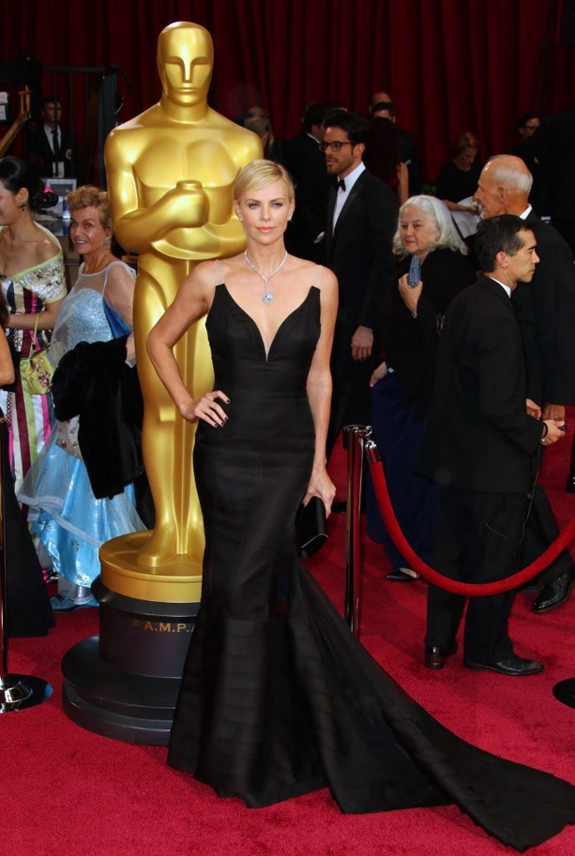 charlize theron dior black dress 2014 Oscars Red Carpet Looks