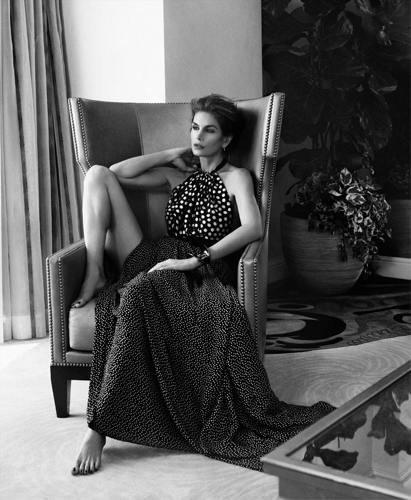 Supermodel Cindy Crawford Stuns for Xavi Gordo in Bazaar Russia Shoot