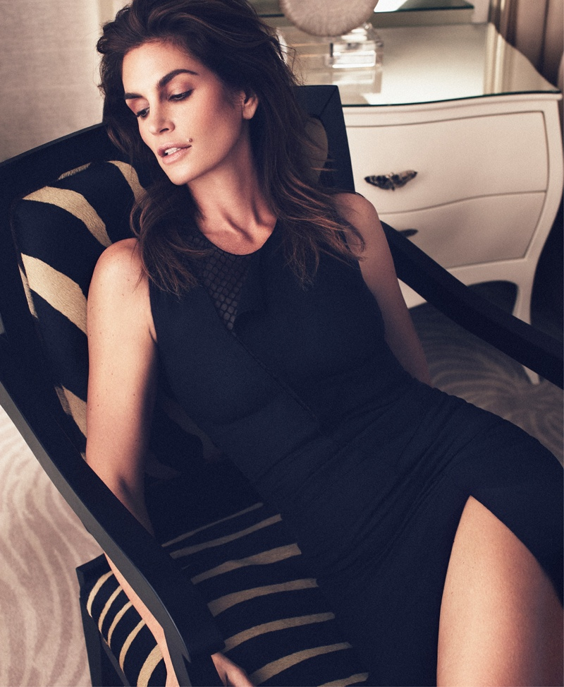 cindy crawford xavi gordo4 Supermodel Cindy Crawford Stuns for Xavi Gordo in Bazaar Russia Shoot