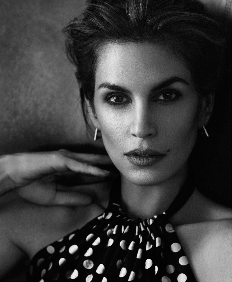 cindy crawford xavi gordo9 Supermodel Cindy Crawford Stuns for Xavi Gordo in Bazaar Russia Shoot