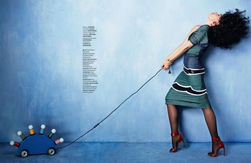 crystal renn photo shoot10 800x521 Crystal Renn Works It for Elle Ukraine March 2014 Cover Shoot