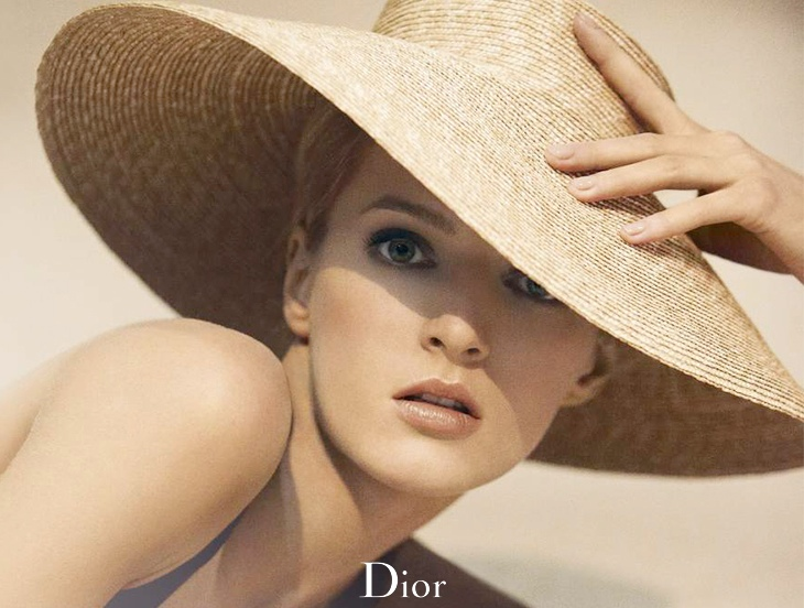 diorskin nude tan5 Daria Strokous Soaks Up Sun for Diorskin Nude Tan Bronzer Ad