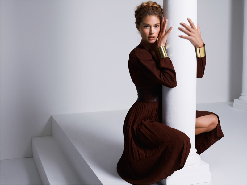 doutzen kroes cuneyt akerglou10 Doutzen Kroes Channels Inner Goddess for Cuneyt Akeroglu in Vogue Turkey