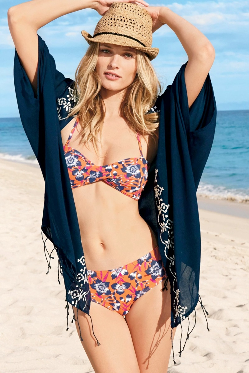 edita vilkeviciute bikini photos2 Edita Vilkeviciute is Ready for Beach Season in Next Summer 14 Swimwear