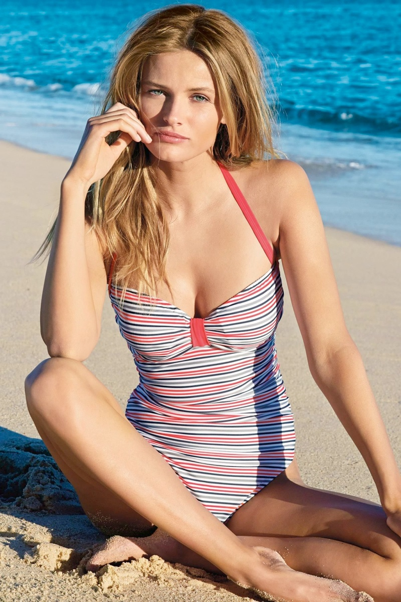 edita vilkeviciute bikini photos3 Edita Vilkeviciute is Ready for Beach Season in Next Summer 14 Swimwear