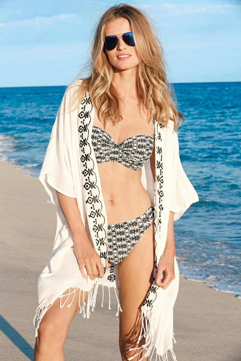 edita vilkeviciute bikini photos4 Edita Vilkeviciute is Ready for Beach Season in Next Summer 14 Swimwear