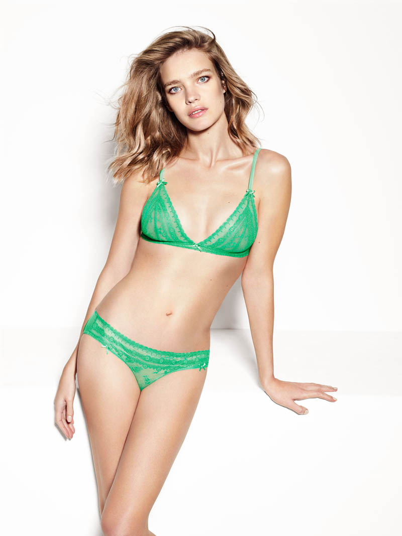 etam lingerie spring 2014 collection16 Bedroom Eyes: Natalia Vodianova Models Etams Spring 2014 Lingerie Line
