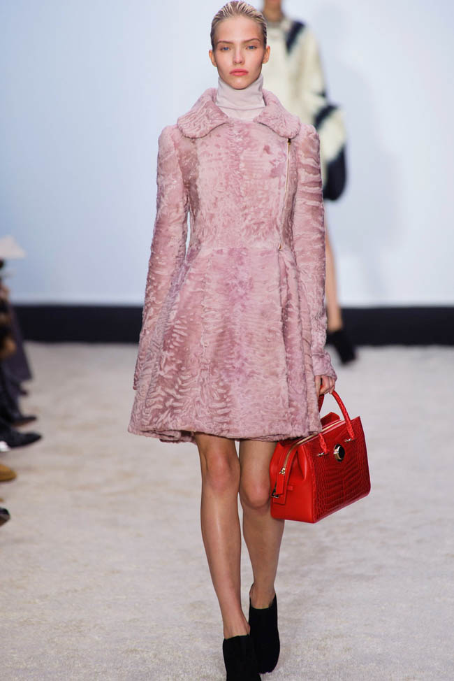 giambattista valli fall winter 2014 show15 Giambattista Valli Fall/Winter 2014 | Paris Fashion Week