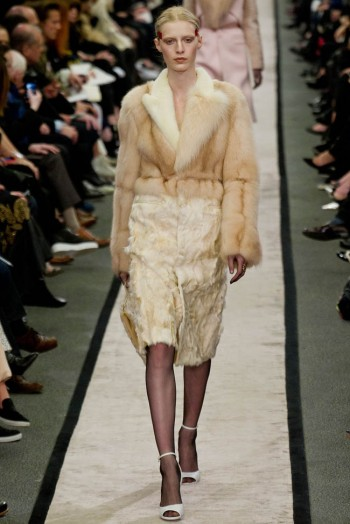givenchy-fall-winter-2014-show11