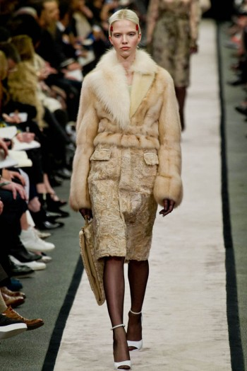 givenchy-fall-winter-2014-show13