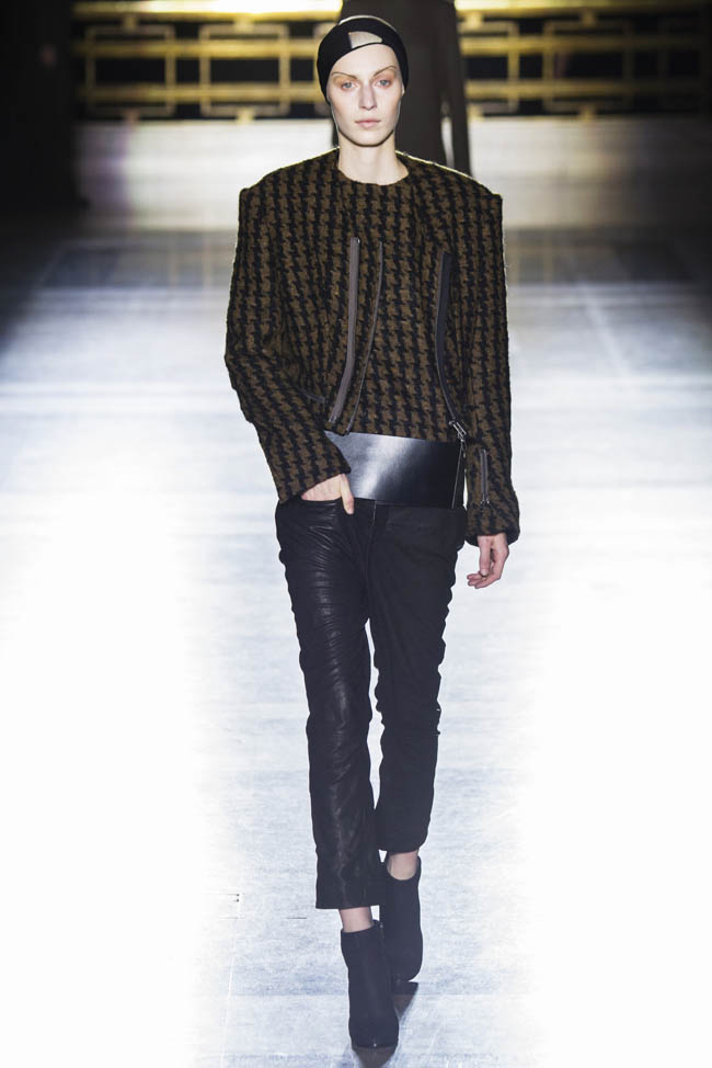 haider ackermann fall winter 2014 show12 Haider Ackermann Fall/Winter 2014 | Paris Fashion Week