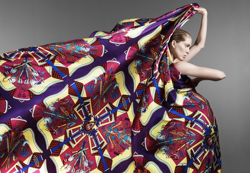 hermes scarves shoot8 Iselin Steiro Models Hermès Printed Scarves for Spring 14 Catalogue