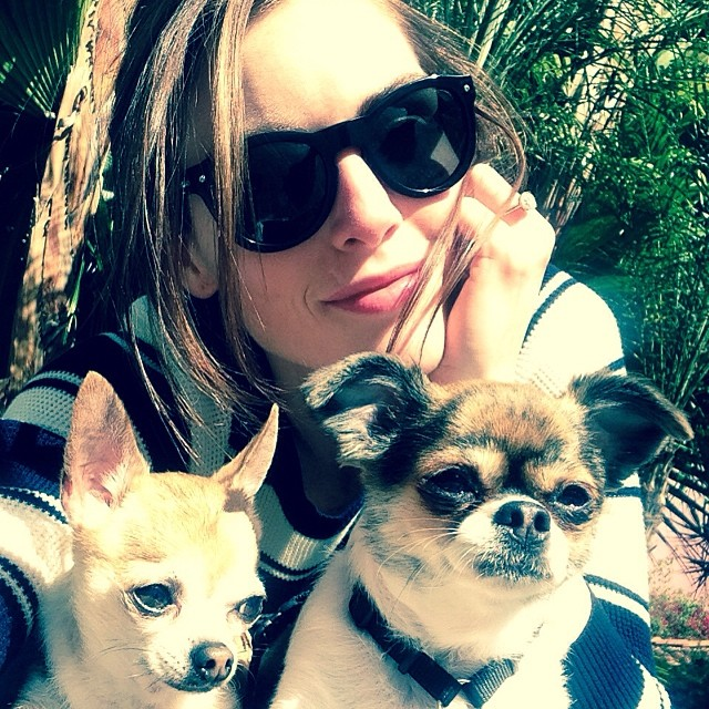 hilary dogs Instagram Photos of the Week | Karlie Kloss, Isabeli Fontana + More Models