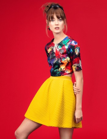 "Jac Jagaciak Channels Pop Art Chic in H&M ""Gallery Girl"" Shoot"