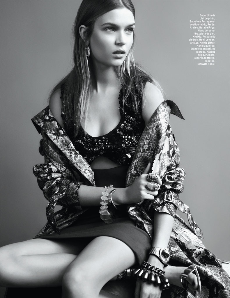 josephine skriver photo shoot1 Josephine Skriver Gets Tribal for LOfficiel Mexico by Andrew Yee