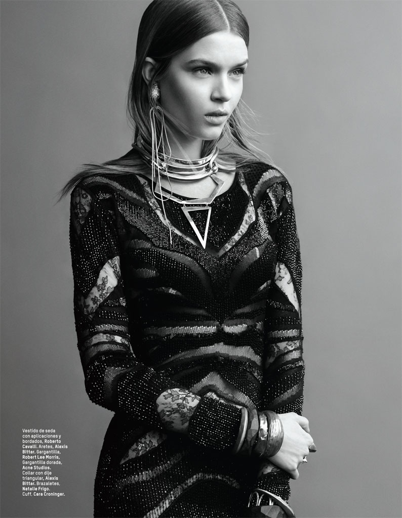 josephine skriver photo shoot4 Josephine Skriver Gets Tribal for LOfficiel Mexico by Andrew Yee