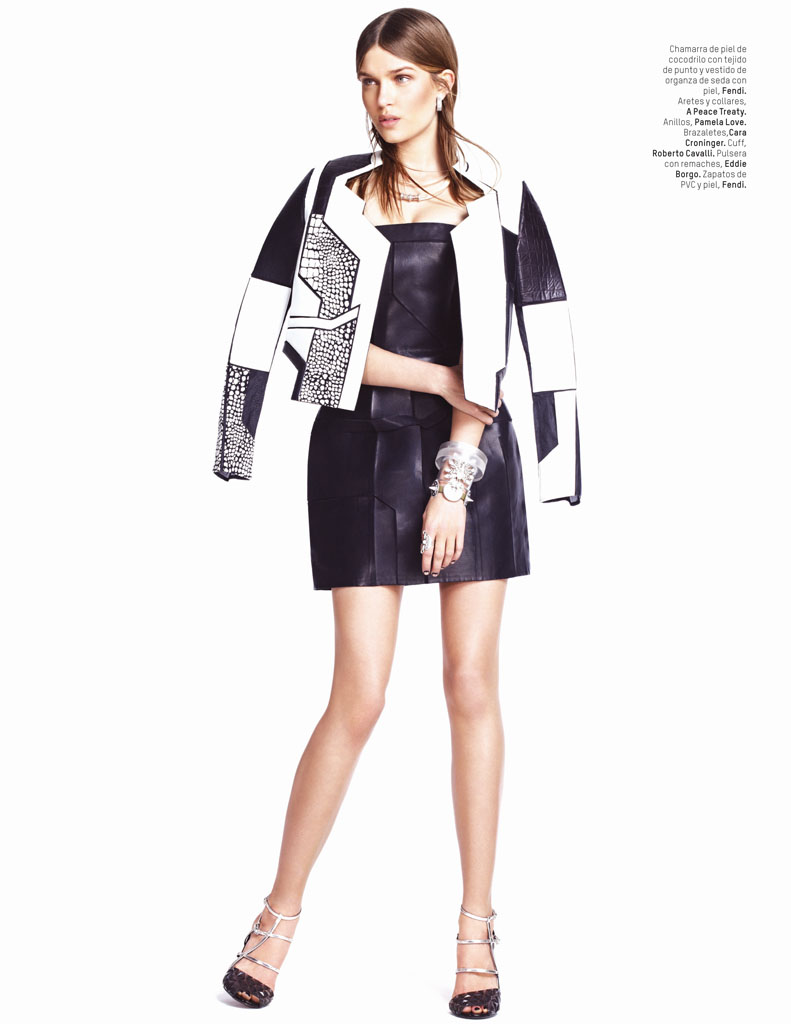 josephine skriver photo shoot5 Josephine Skriver Gets Tribal for LOfficiel Mexico by Andrew Yee
