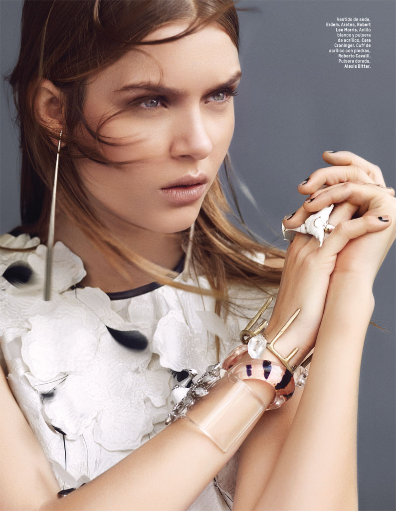 josephine skriver photo shoot7 Josephine Skriver Gets Tribal for LOfficiel Mexico by Andrew Yee
