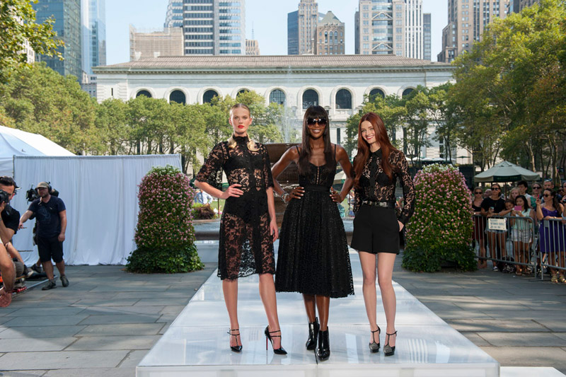 Mentors Anne V, Naomi Campbell & Lydia Hearst match in all black / Image: The Face/Oxygen