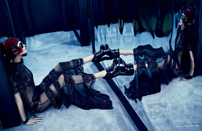karlie kloss louis vuitton4 Into the Mirror: Karlie Kloss Reflects for W Korea Shoot by Emma Summerton