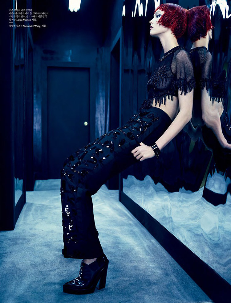 karlie kloss louis vuitton5 Into the Mirror: Karlie Kloss Reflects for W Korea Shoot by Emma Summerton