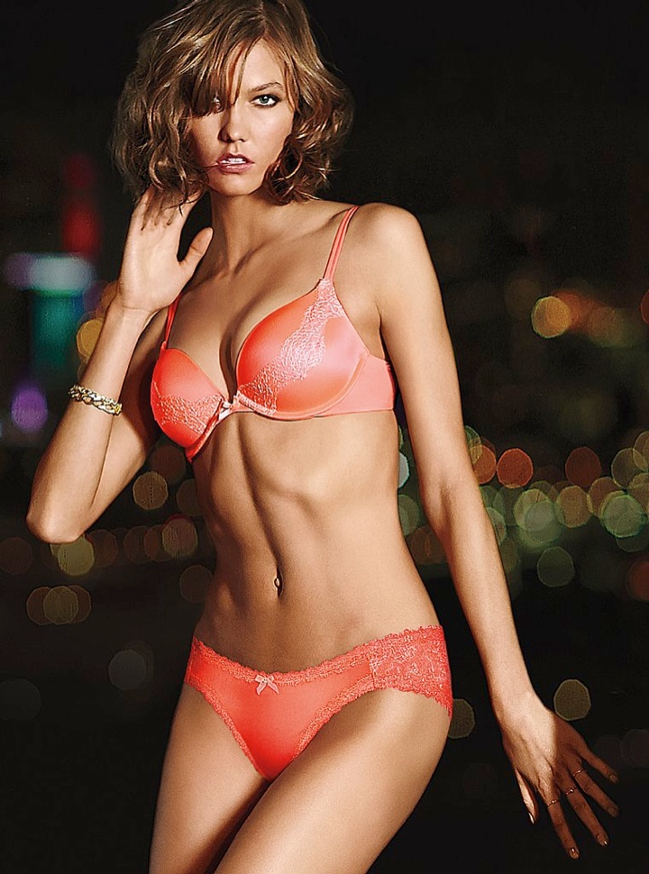 karlie kloss victorias secret lingerie1 Angel at Night: Karlie Kloss Sizzles in Victorias Secret Lingerie