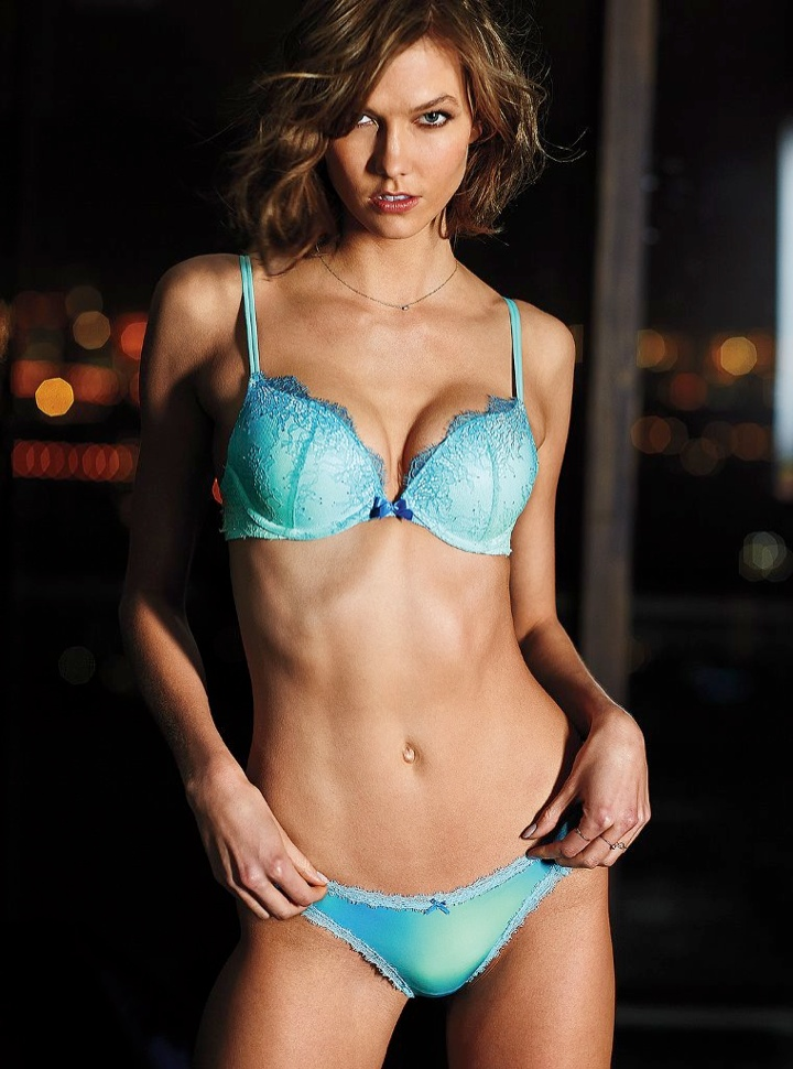 karlie kloss victorias secret lingerie3 Angel at Night: Karlie Kloss Sizzles in Victorias Secret Lingerie