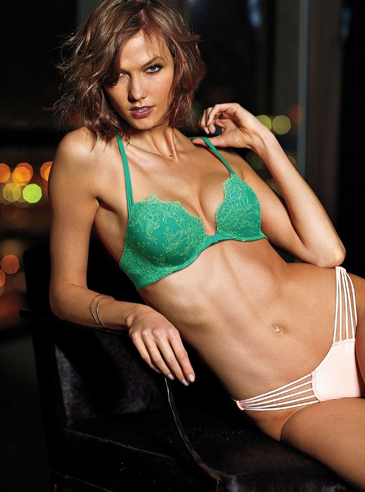 karlie kloss victorias secret lingerie7 Angel at Night: Karlie Kloss Sizzles in Victorias Secret Lingerie
