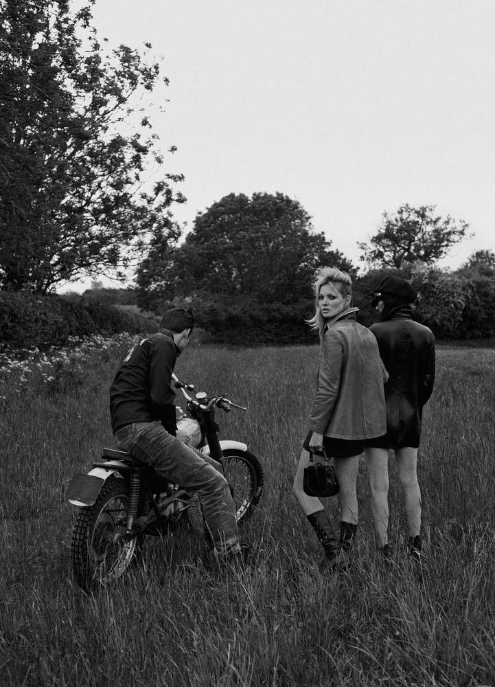 kate moss outdoor shoot5 Kate Moss Plays Biker Chick in Ponystep Feature by Lasse Fløde