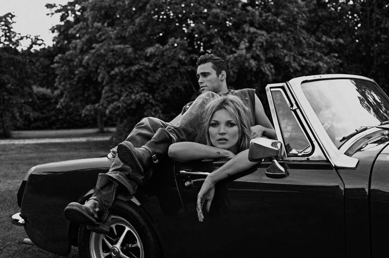 kate moss outdoor shoot6 Kate Moss Plays Biker Chick in Ponystep Feature by Lasse Fløde