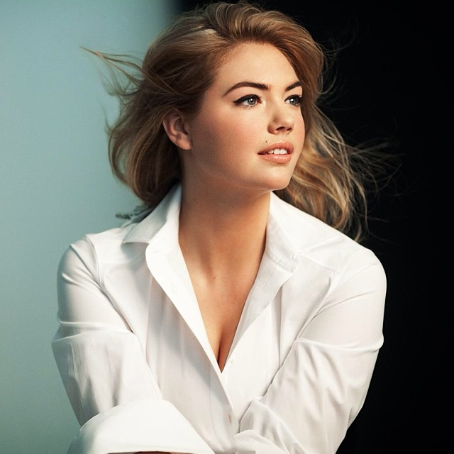 Kate Upton for Bobbi Brown behind the scenes / Image: Instagram