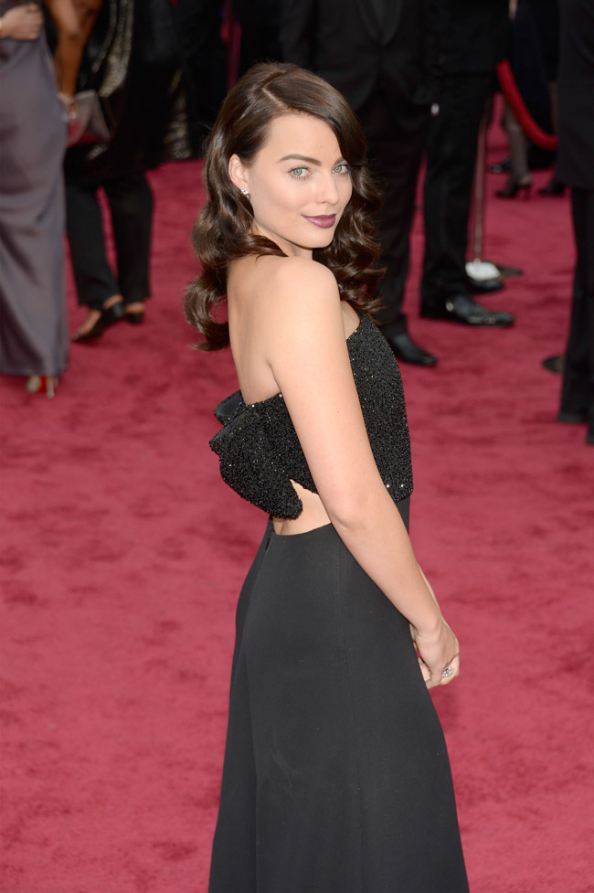 margot robbie saint laurent 2014 Oscars Red Carpet Looks