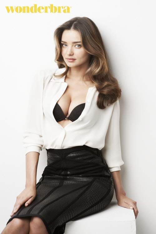 miranda kerr wonderbra 20144 Miranda Kerr is the Face (and Body) of Wonderbra