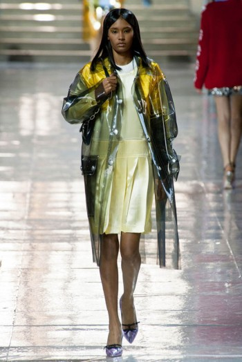 miu-miu-fall-winter-2014-show34