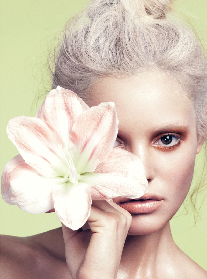 paige reifler model3 Flower Girl: Paige Reifler for Elle Vietnam Beauty by Stockton Johnson